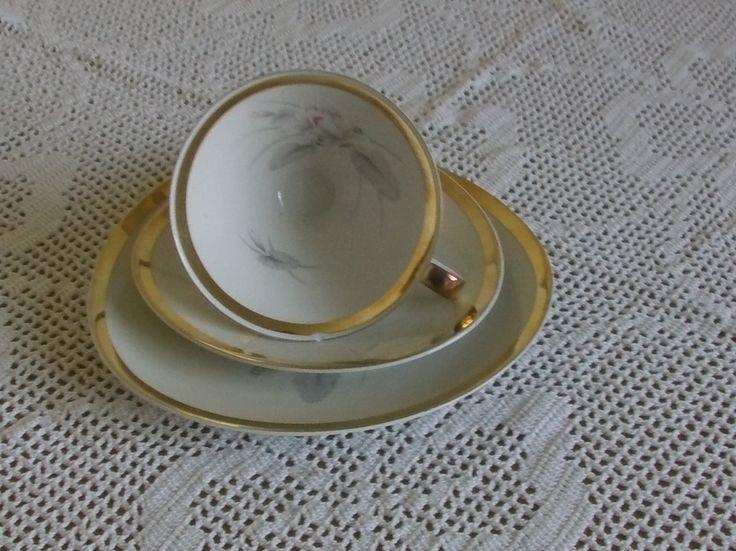 *Hübsches altes Sammelgedeck von Mitterteich* von Manu's kleine Vintage Schatzkiste auf DaWanda.com
