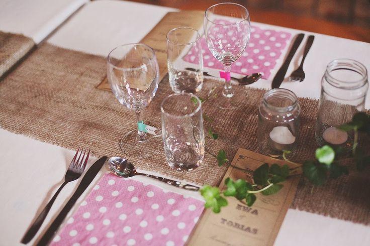 **WoopsieDaisy**: Underbar bröllopsdukning http://mikaelarudhner.blogspot.se/