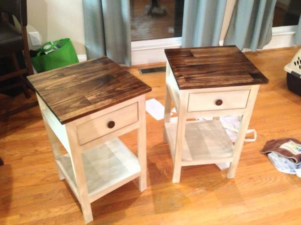 White with wood stained top so beautiful    Farmhouse Bedside Table   Do It  Yourself. Best 25  Bedside tables ideas on Pinterest   Night stands