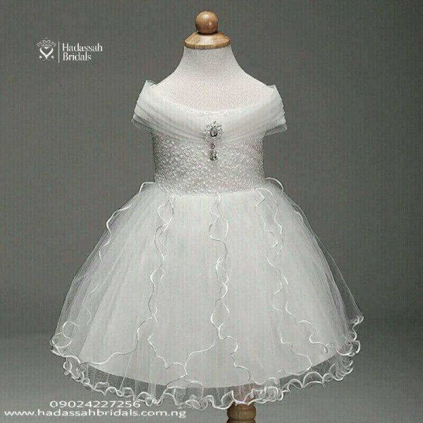 Off Shoulder Little Bride S Gown For Sale In Lagos Wedding Gown