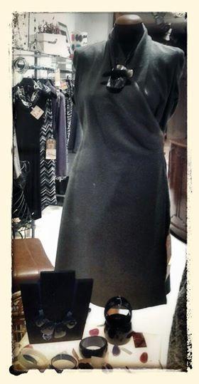 Collana madreperla abito lana cotta sartoria privata collana ZSISKA Diva