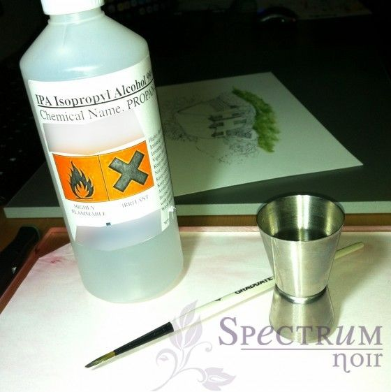How to get watercolor effect with Spectrum Noir pens, paint brush and plain alcohol