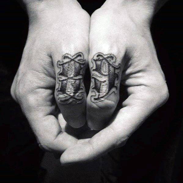 Hand tattoo mann