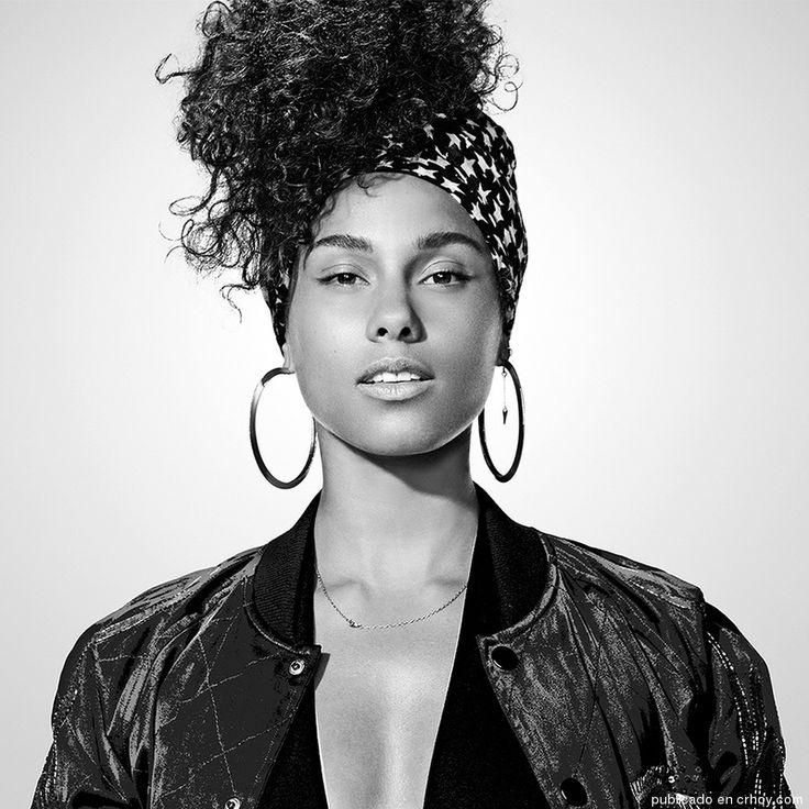 Alicia Keys é linda de qualquer jeito! linda e talentosa.