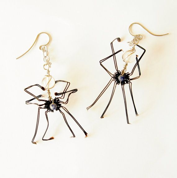 halloween black wire wrap handmade spider earrings by raizesimaginarias