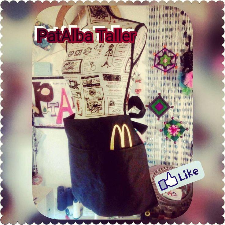 Mandil para McDonald terminado y entregado 👏👏👏 #patalbataller #diseñodeautor #emprendedora #artesana #vestuario #reciclaje #costuras #transformación #customizar #confecciónapedido