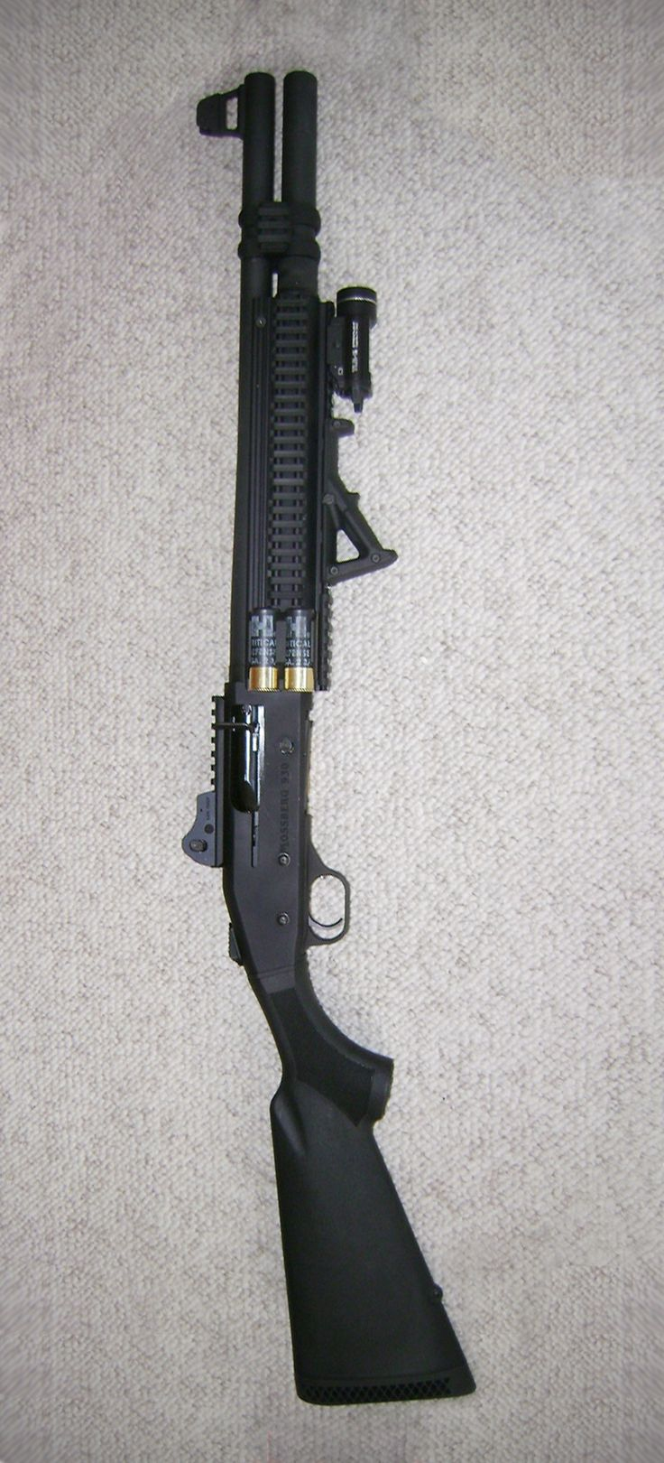Mossberg 930 SPX; mods: Nordic mag extension, magpul afg, Aimpro tri-rail, Side armor 2 shell holder, Streamlight TLR-1