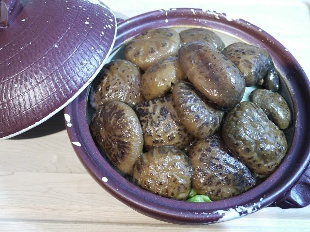 The Hong Kong Kitchen in Canada: Braised Shiitake Mushrooms in Oyster Sauce | 蠔油炆冬菇...