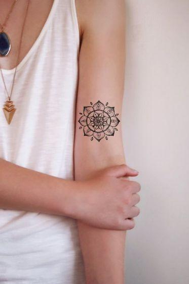 Quer fazer uma tatuagem de mandala? Veja fotos