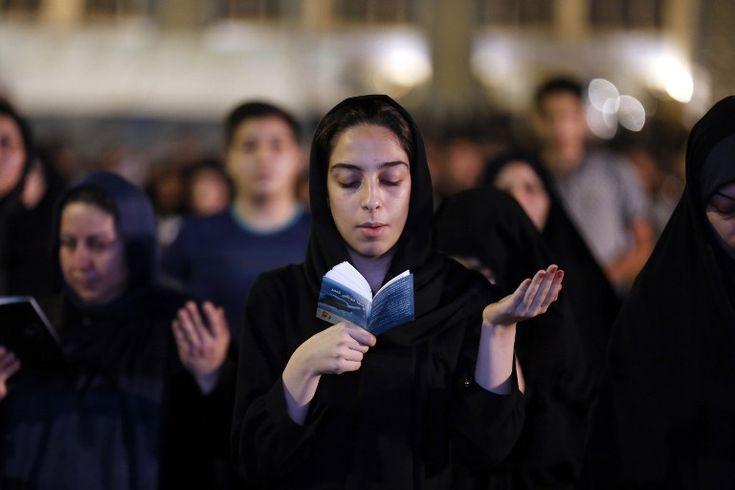 Iranians pray for peace on holy night. #Iran Laylat al-Qadr Night of Power/Destiny #Islam