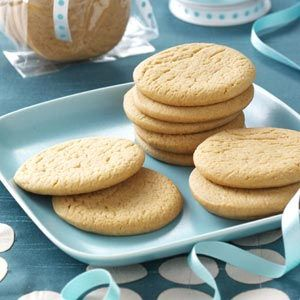 Icebox Honey Cookies Recipe *think I'll make it without the lemon.. nice honey & cinnamon cookie