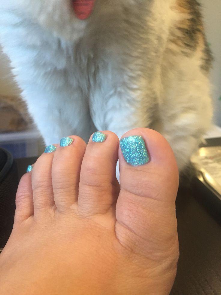 Mermaid toes! And Peekay
