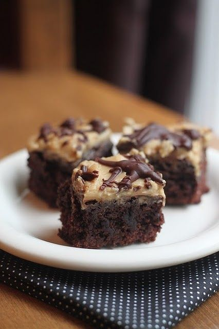 Kahlua Brownies #food #yummy +++For guide + advice on healthy #lifestyle, visit http://www.thatdiary.com/