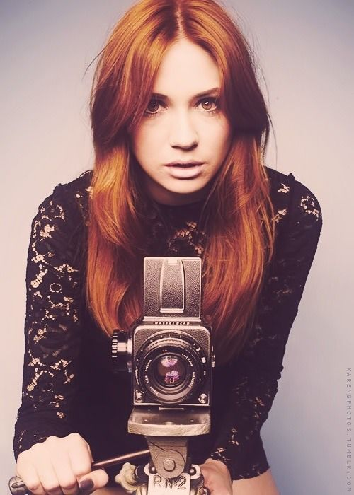 Karen Gillan - Amy Pond | geeking out | Pinterest | Karen gillan, Amy pond and Arthur darvill