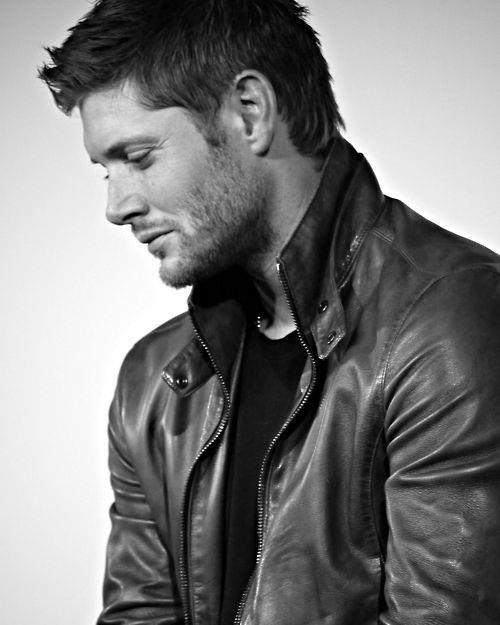 Jensen Ackles gives good profile :) #supernatural #dean