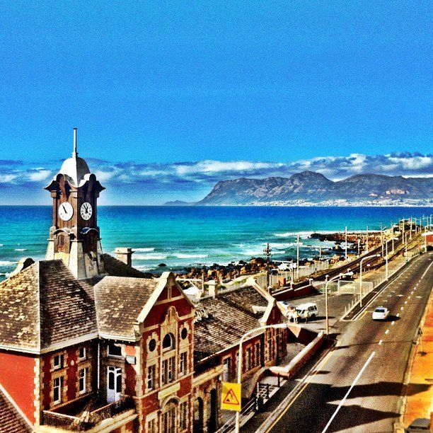 Muizenberg station - from where to embark on a beautiful train drive along the sea. #muizenberg #train #station