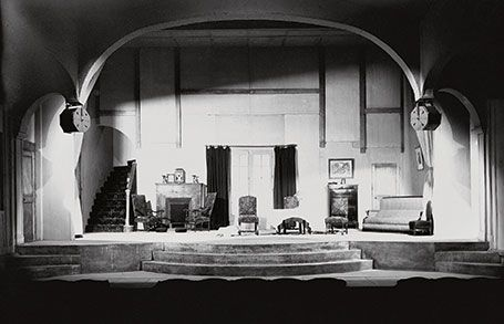 L'interieur du théatre, à Paris. © Archives Municipales d eBeaune - Fonds Copeau-Dasté