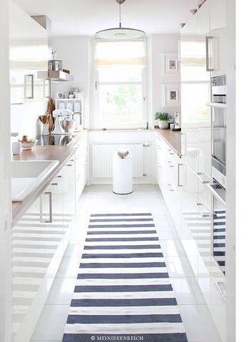Aménager une cuisine en longueur! 20 exemples pour vous inspirer…