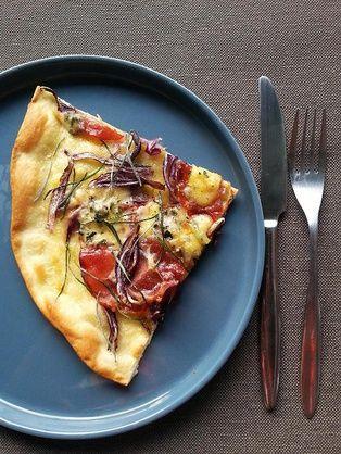 Rey Com Pizza Blanche Au Bresse Bleu Et Lonzo