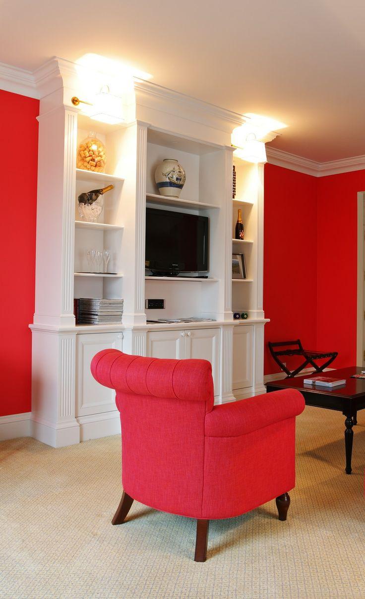 It's the luxury hotel suite you won't want to leave. | #theyeatman #porto #portoholidays