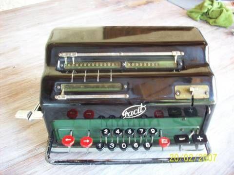 Machine à calculer Vintage