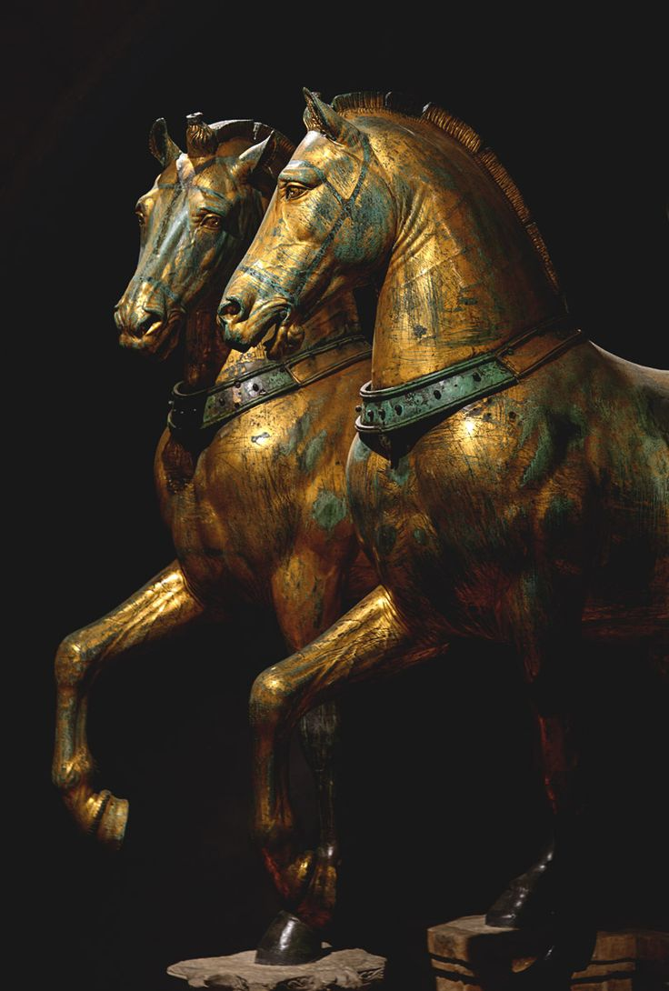 """Horses of Saint Mark."" Bronze. Attributed to the Greek sculptor Lysippos, 4th century BC Venice sono quasi fiabeschi,*silva*"
