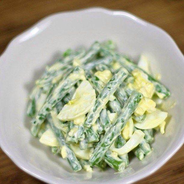 Салат из стручковой фасоли с яйцами на 100грамм - 82.15 ккалБ/Ж/У…