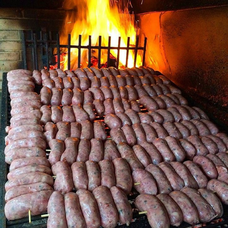 This is the kind of sausage fest I can get excited about. #DontGoThere  Pic and spread of sausages courtesy of @eltopador -  segunda feira de choripan quem vai? #eltopador #destemperados #choripan #argentino #churrascoterapia #blogdacarne #assado . . . #Grill #Grilling #Pork #Sausage #SausageFest #Food #Foodie #FoodPhotography #Foodstagram #InstaFood #FoodPics #foodphotos #Foodgasm #Meat #MeatPorn #Paleo #GlutenFree #EEEEEATS #ForkYeah #ManFood #instagood #instacool