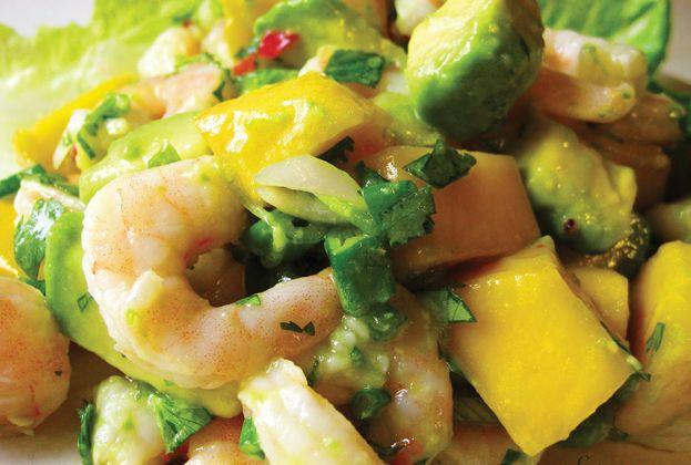 Avocado Shrimp Salad - Approx. 400 calories per serving #UWeightLoss