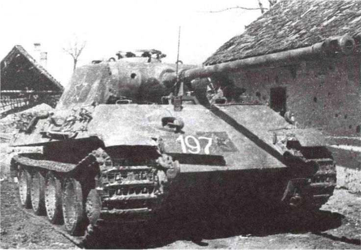 """Panther"" from the 366th self-propelled artillery regiment. 3rd Ukrainian front, 4th guards army, March 1945. Numbers and the crosses on the tank and painted over it painted red stars with white..."