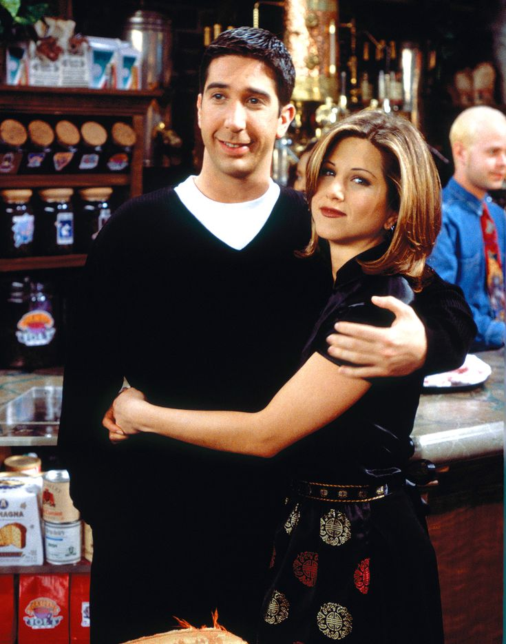 """Jennifer Aniston Celebrates Pal Ellen Degeneres' 60th Birthday — and Teases a Friends Reunion      That what friends are for!    Ellen DeDenereshas beencelebrating her 60th birthday on star-studded episodes of The Ellen DeGeneres Showthroughout the week, and to make things extra special, her longtime friendJennifer Aniston stopped by to walk down memory lane with the woman of the hour.    Attention!!! This is Just an Announce to view full post click on the """"Visit"""" Button Above"""