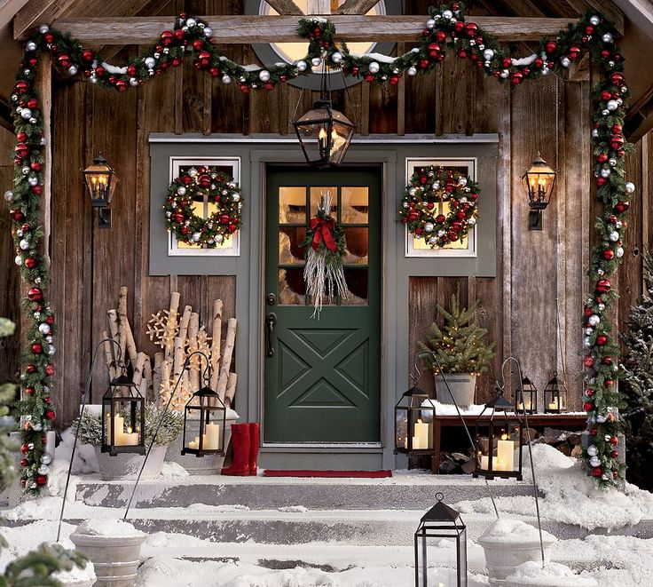 Hopefully these Christmas porch and front door decorating ideas will inspire you to create wonders with your home this holiday season! & 1598 best Christmas images on Pinterest | Christmas deco Christmas ...