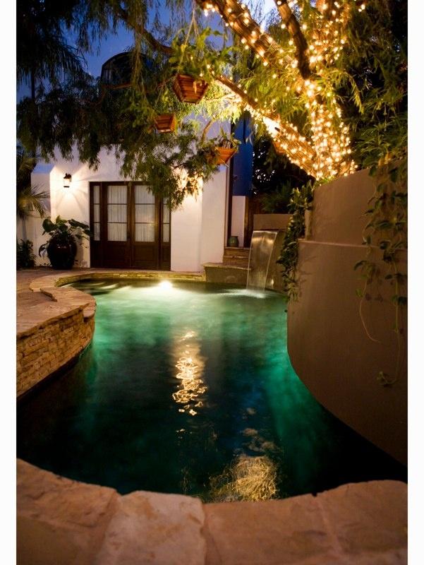Pretty: Backyard Paradis, Dreams Backyard, Small Pools In Large Backyard, Inspiration Pools, Backyard Lap Pools, Small Spaces, Outdoor Spaces, Dreams Pools, Backyard Pools
