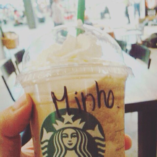 ... That moment when you realize you got a crazy friend traveling across Europe that order his frappuccino as MINHO just to make you happy  ... #Minho #readyforscorch #kihonglee #themazerunner #movie #thescorchtrials #europe #frappuccino #starbucks #portugal #newt #sangstergangsters #thomassangster #dylanobrien #wesball #jamesdashner #kaya #newtmas #kaymas #thedeathcure #tbt #boomclap #dashnersarmy #minewt