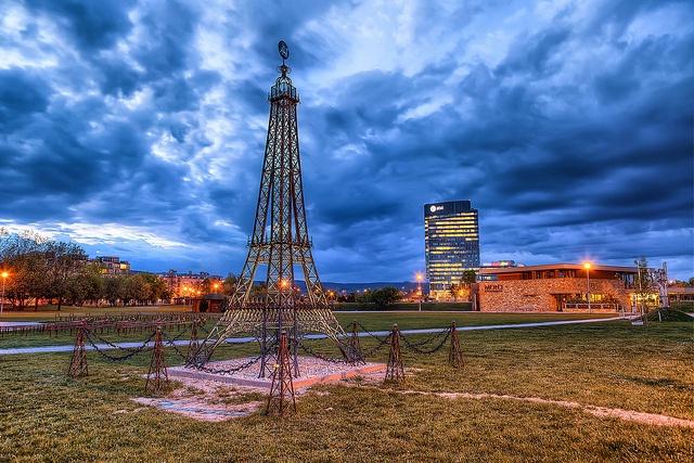 Eiffelovka v #Bratislava (by @hdrshooter)