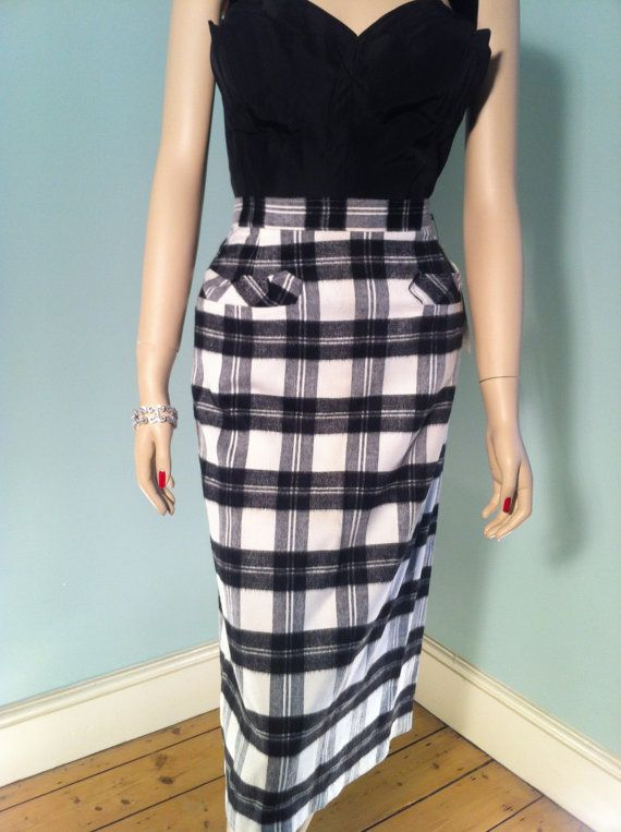Vintage 1950s Deadstock Black And White Plaid Pencil Skirt