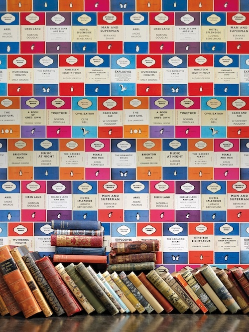 Osborne & Little debuted this charming wallpaper featuring iconic early paperbacks from Penguin publishing house--again, not a book, but bookrelated and I really want this...