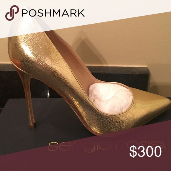 BNIB Sergio Rossi Gold Stilettos 36(fits 36.5 too) Fits me comfortably and I wear 6.5 Sergio Rossi Shoes Heels