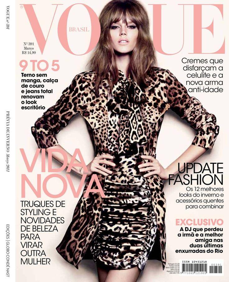 Vogue Brasil - Vogue Brasil March 2011 Cover