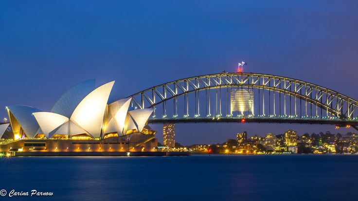 Sydney harbour bridge. https://www.facebook.com/pages/Carina-Parnow-Photography/733136943415778