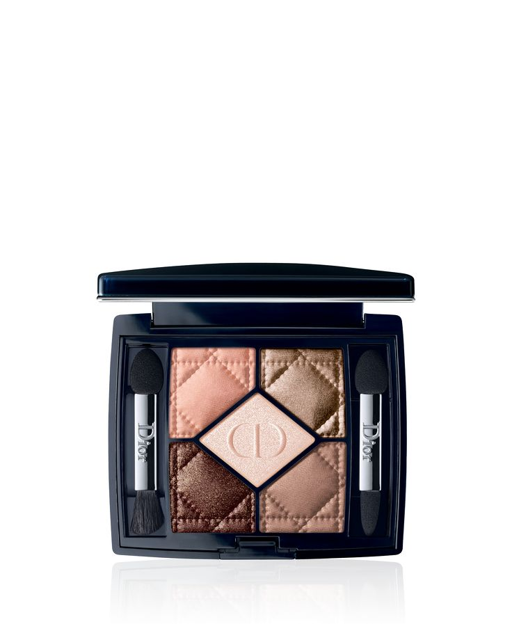 Discover 5 Couleurs by Christian Dior available in Dior official online store. Videos, Couture colours & effects eyeshadow palette tutorials and beauty tips on Dior website.
