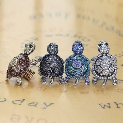 gold turtle rings,cocktail turtle rings,stretch turtle rings,rhinestone turtle rings,vintage turtle rings,sea turtle rings,pave turtle rings,turtle cocktail rings