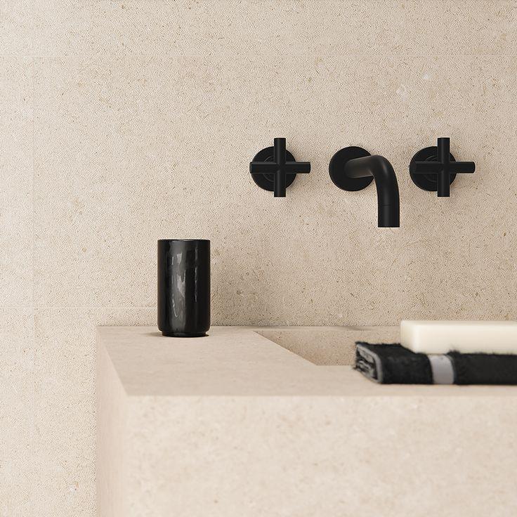 Living Ceramics - Bera & Bergen wall DOT