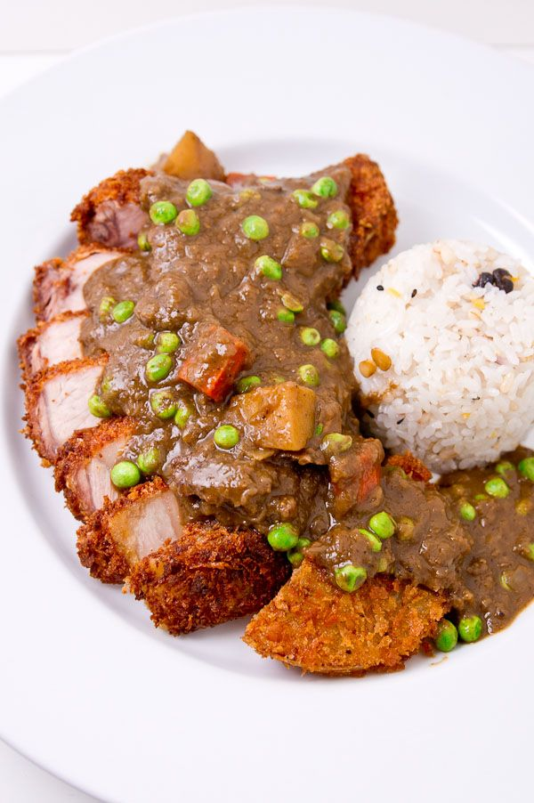 Katsu-Curry with Black Curry Recipe - don't know when I can be motivated not to use japanese brick curry :\
