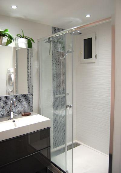 miniature Salle de bain N&B et color touch, Lyon, Pièces d'identité – Elodie CHERMETTE – décorateur d'intérieur