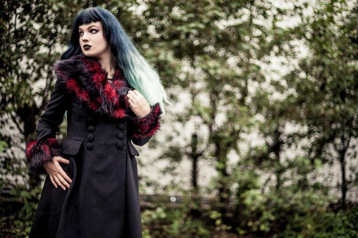 Rock Noir. Wintercoat for dark ladies..