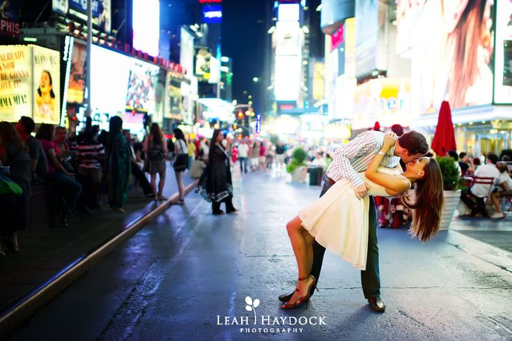 Leah Haydock Photography: NYC Engagement Pictures :: Central Park, Times Square and the High Line :: Daniella + Mark