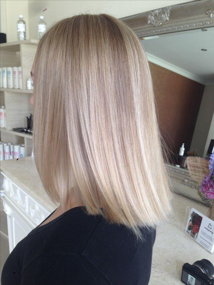 Silver/ash blonde foils. Morph salon.