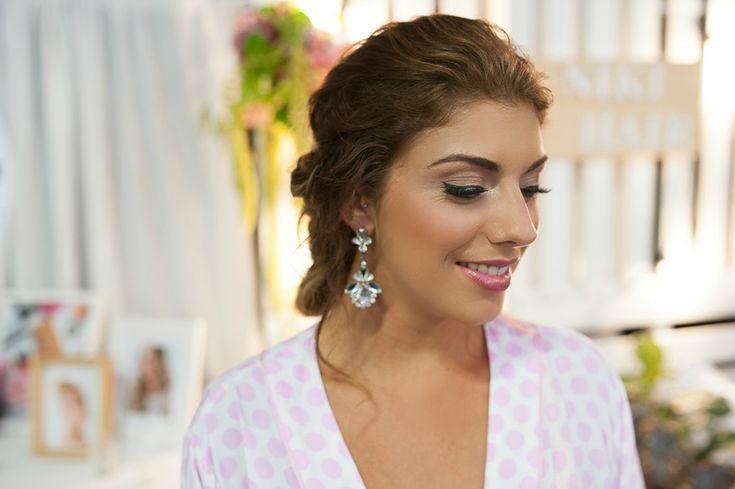 Brunette bride | Bridal makeup | Classic wedding makeup and hair | Peter Alexander robe_Sally Townsend Makeup Artistry