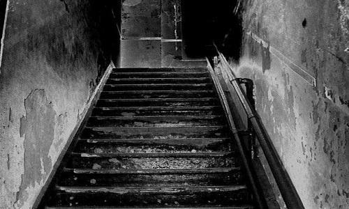 Ο αγρότης από τη Λακωνία, που έθαψε ζωντανά δύο παιδιά του στο υπόγειο του σπιτιού του